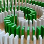 Domino med över 20 000 brickor