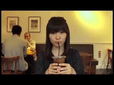 Nu kan japanska kvinnor äta stora hamburgare (video)
