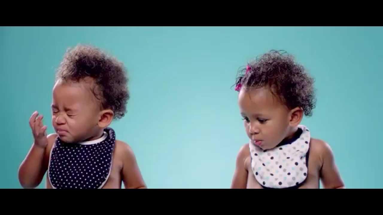 Bebisar testar citron för första gången…
