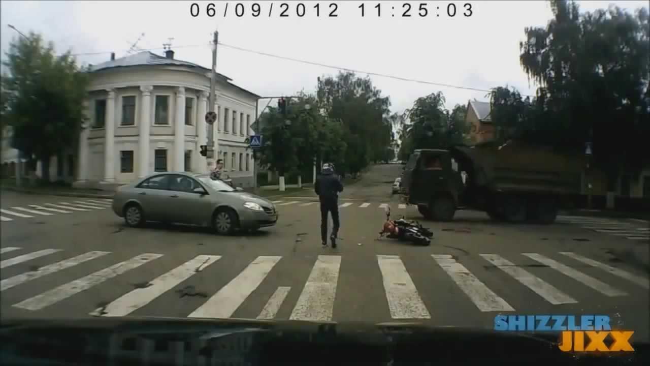 När bilister inte följer trafikreglerna, så smäller det…