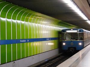 tunnelbana tåg