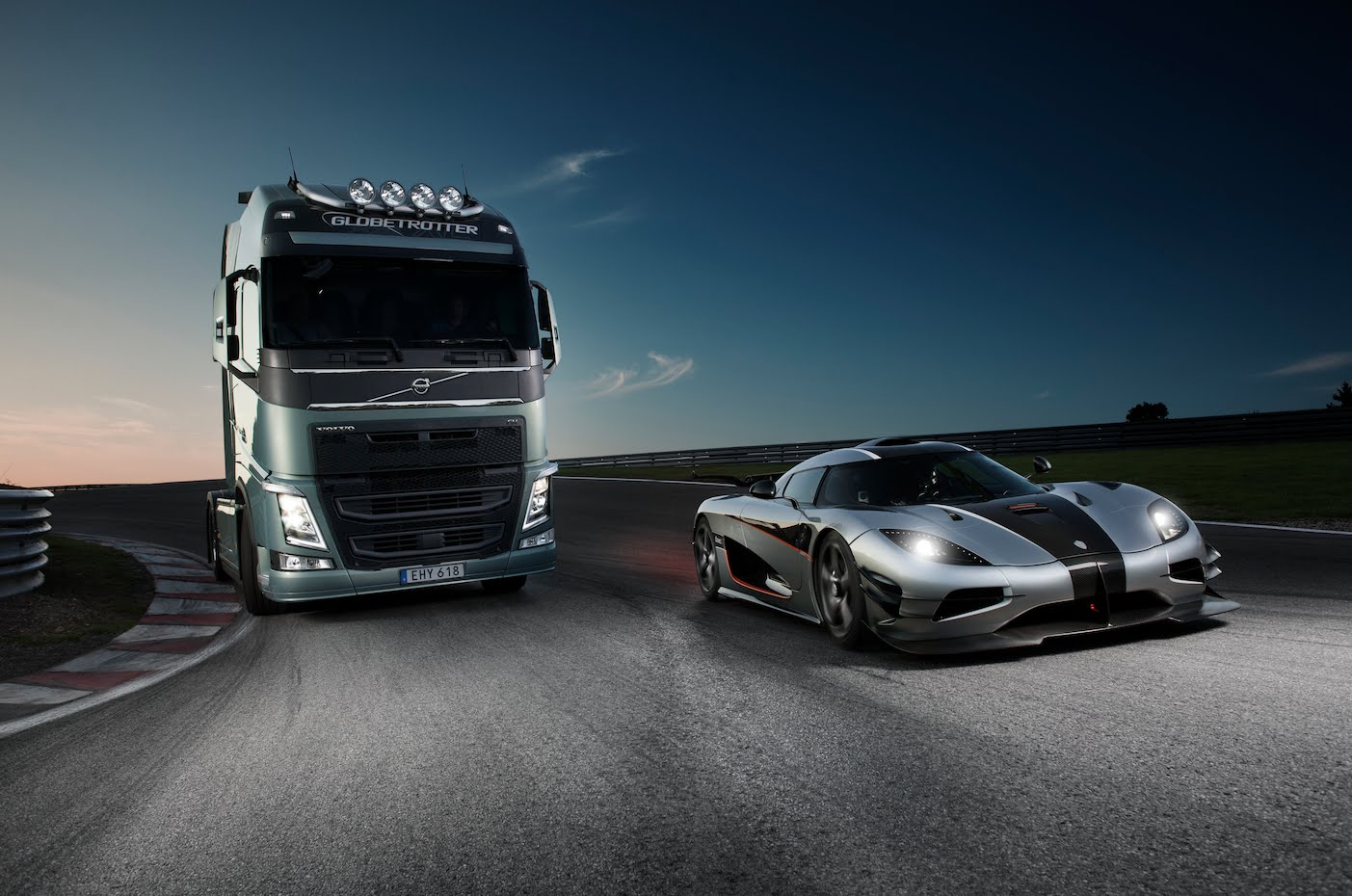 Volvo trucks VS Koenigsegg One:1