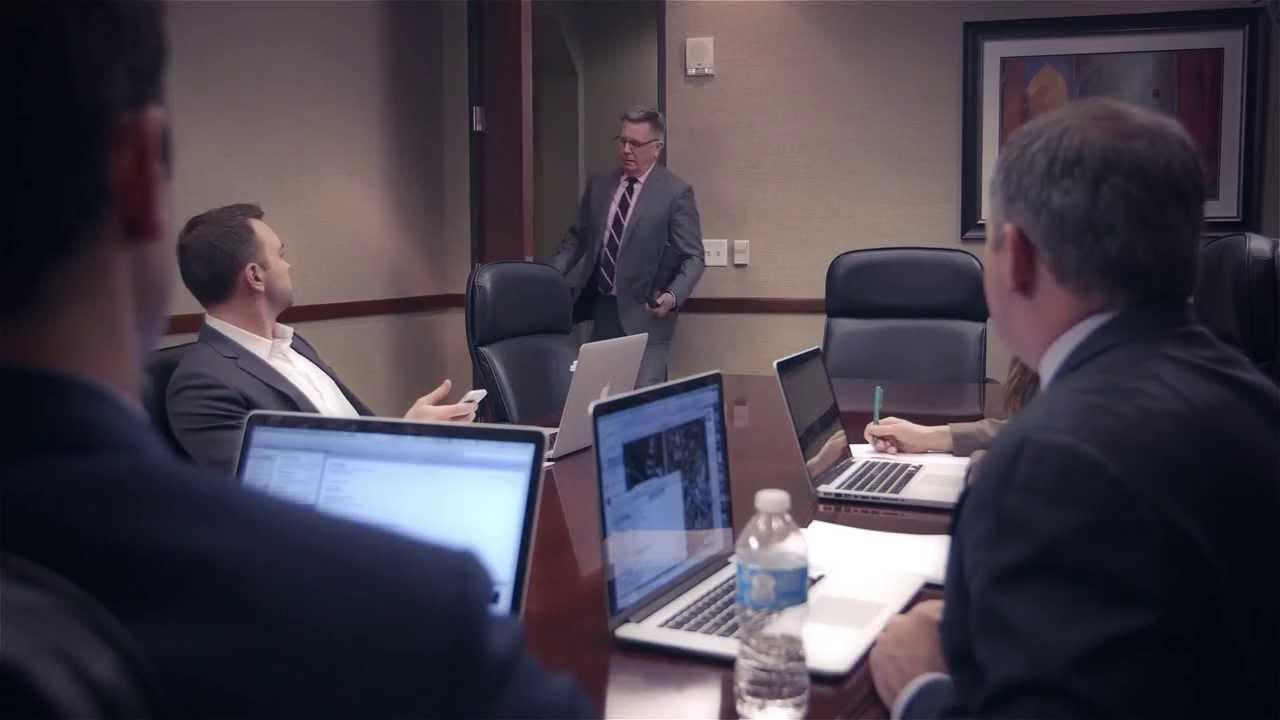 Telefonkonferens i verkliga livet (kul video)