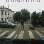 När bilister inte följer trafikreglerna, så smäller det...